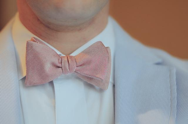 Cómo limpiar una corbata